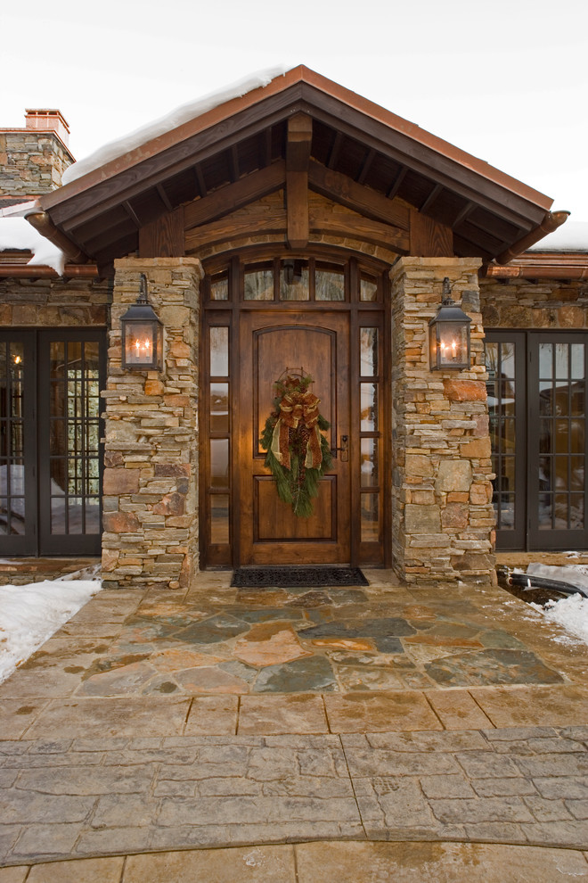 Mountain style single front door photo in Salt Lake City