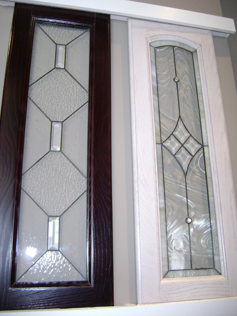 Kitchen cabinet stained glass applications eclectic for Beveled glass kitchen cabinets