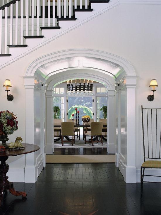 La canada dutch colonial for Dutch colonial interior design
