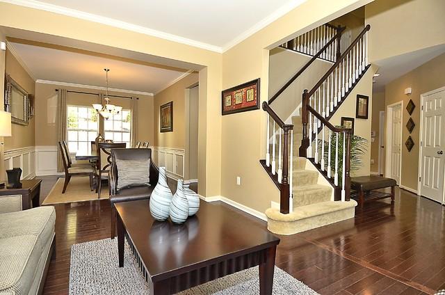 Lake Ridge Virginia Residential Listing traditional-entry