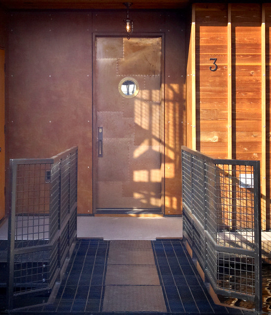 Entry detail industrial entry seattle by dan for Dan nelson architect