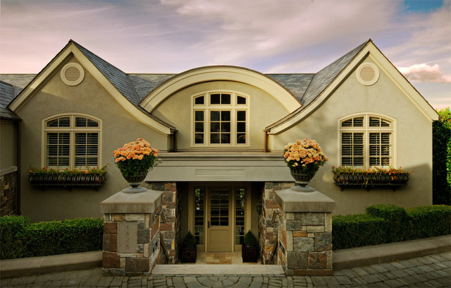 Lakeshore Sophisticate traditional-entry