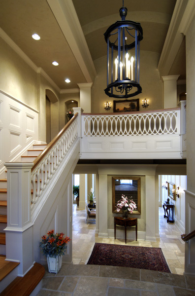 Lakeshore sophisticate traditional entry seattle for Bi level basement ideas