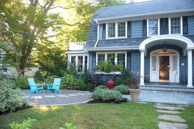 Less lawn more garden traditional exterior new york for Landscape design new york