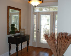 Light & Airy Foyer traditional entry