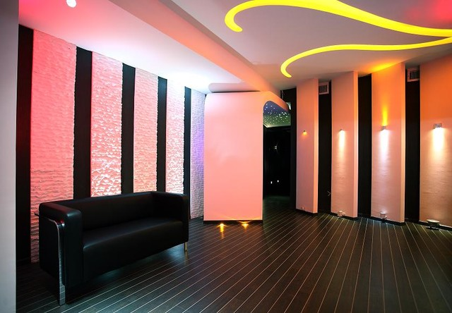 Lighting showroom interior design