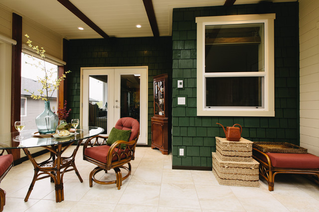 LINE2 - Contemporary Post and Beam Sunroom contemporary-entry
