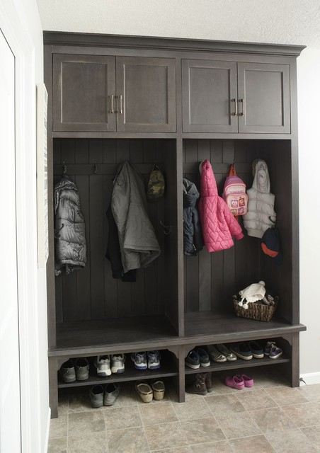 Locker Unit - Traditional - Entry - cleveland - by Mullet Cabinet