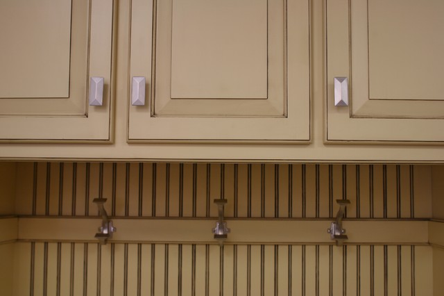 Locker Units/Mud Room Storage - Modern - Entry - minneapolis - by Country Cabinets