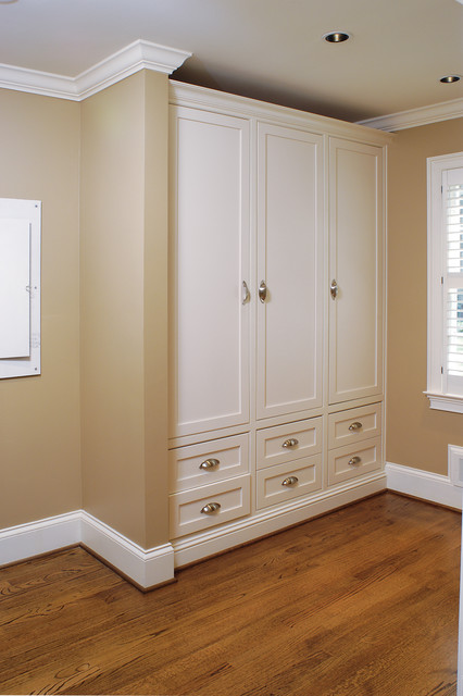 Lockers - Traditional - Kitchen - atlanta - by Designs by BSB