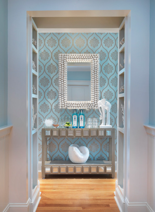 beach style entry The Dos and Donts of Wallpaper