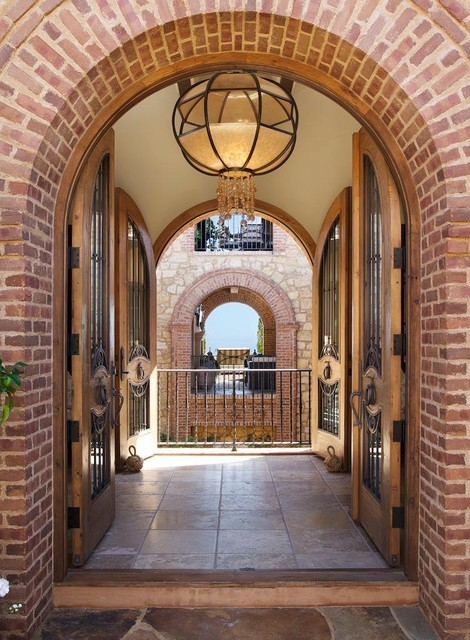 Los Angeles Homes traditional entry