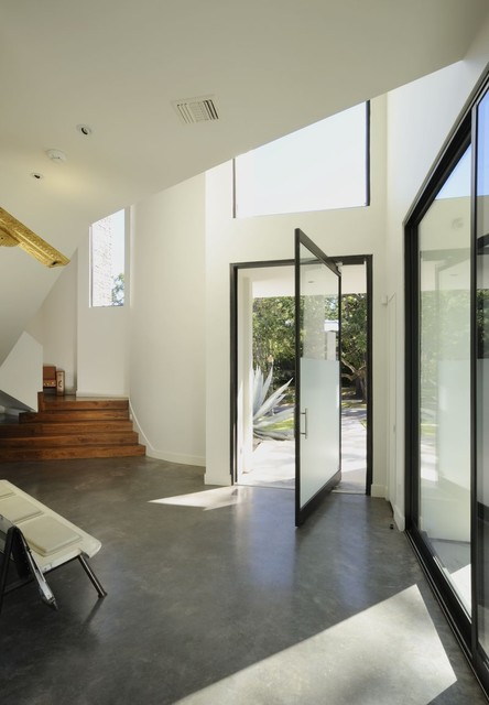 Mandel House modern entry