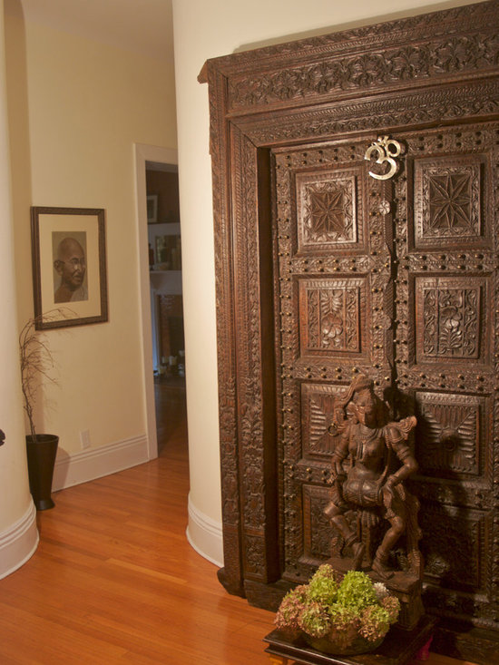 Indian door home design ideas pictures remodel and decor for Foyer design ideas india