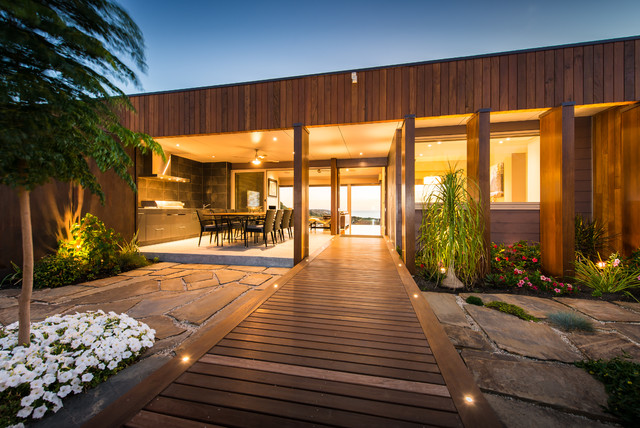 Maslin beach sa contemporary entry adelaide by for Architects adelaide