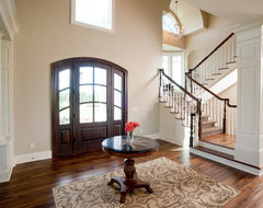 Medina Luxury Home traditional entry