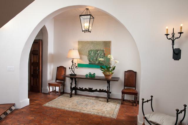 Entrance Foyer En Español : Mediterranean entry