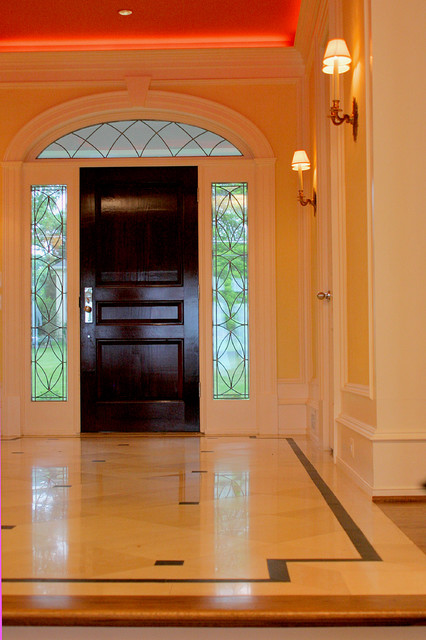 Mercer House traditional-entry