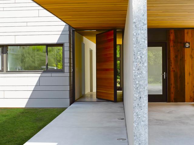 Mercer Island XV contemporary-entry