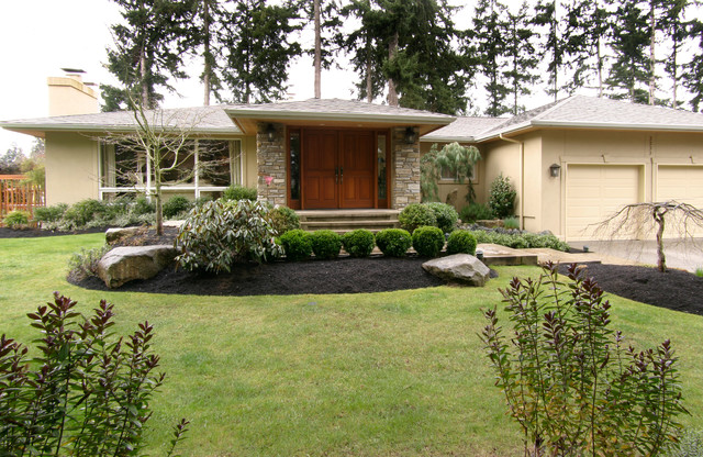 Mid century rambler exterior entry remodel midcentury for 70 s house exterior remodel