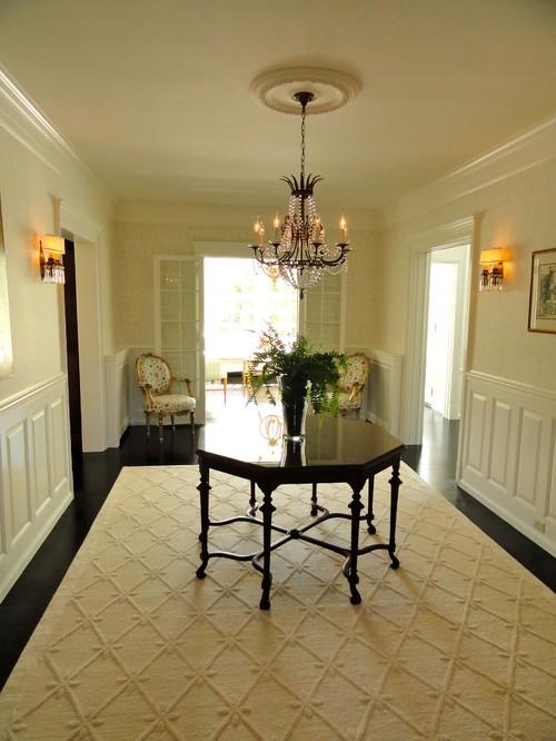 Foyer Rug Rules : Pull tie the room together furnishing touch