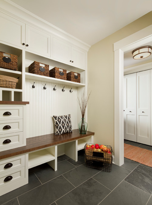 Foyer Area Zone : Mudrooms make going back to school easier