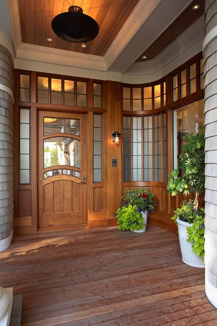 Minnetonka Shingle-Style traditional-entry