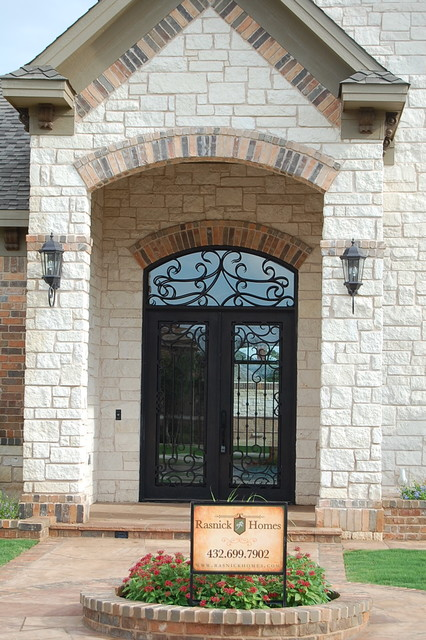 Inspiration for a timeless entryway remodel in Austin