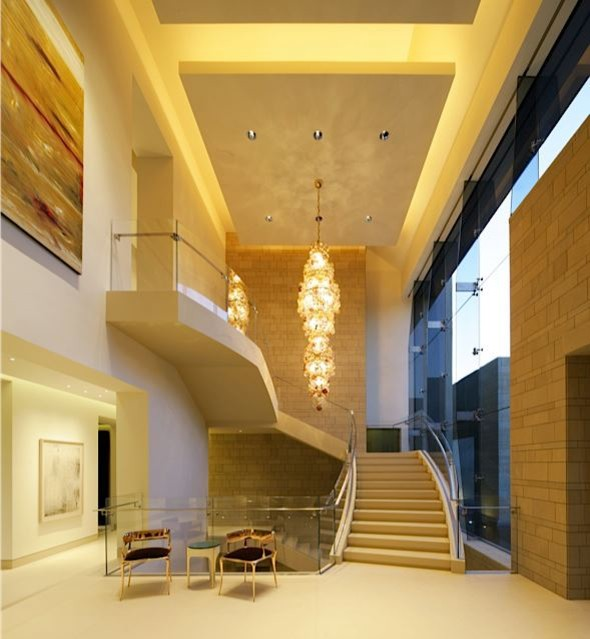 Modern Beverly Hills contemporary-entry