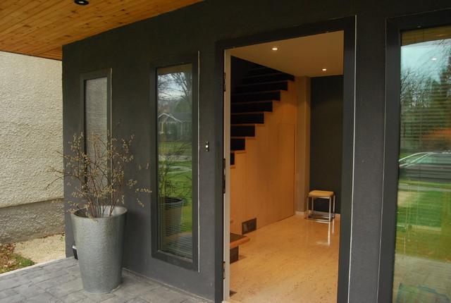 Modern design in old neighbourhood contemporary-entry