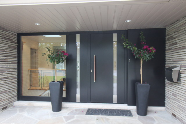 Modern Entrance Door Toronto By