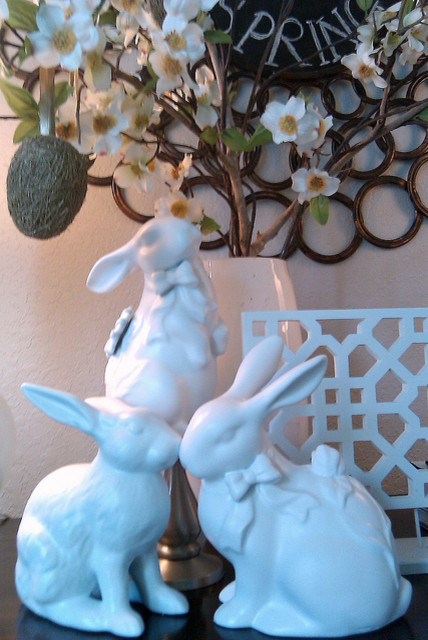 BARGAIN BUNNIES @ FOCAL POINT modern entry