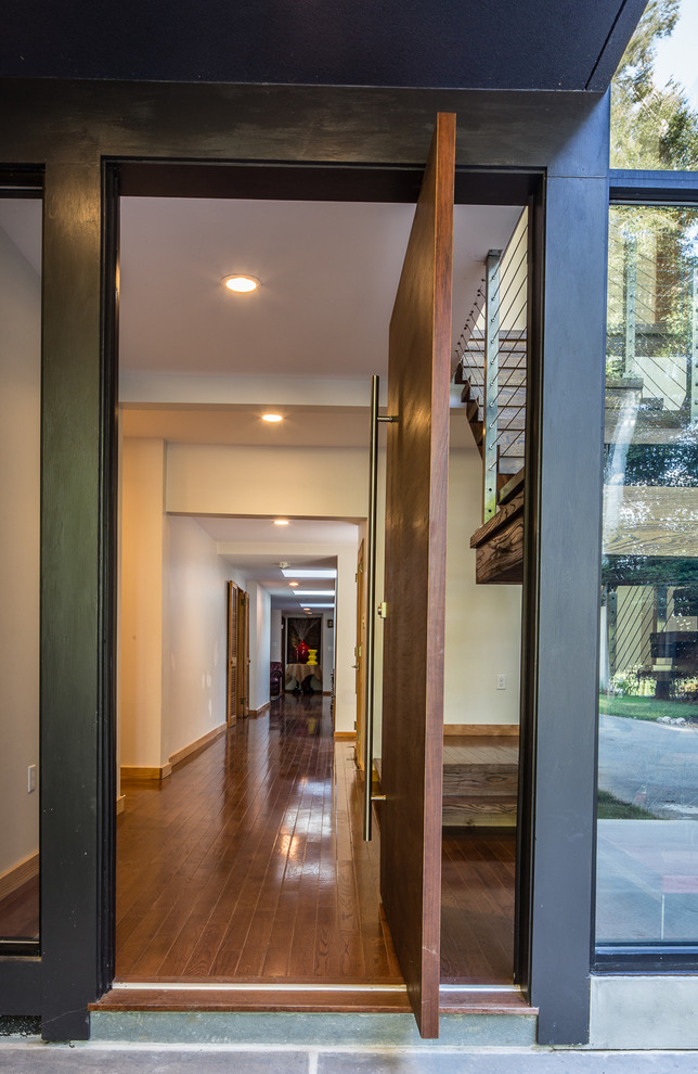 Inspiration for a modern entryway remodel in Philadelphia