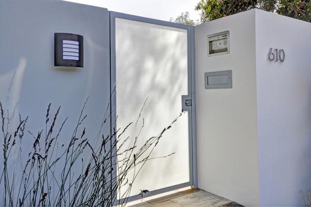 Modern House contemporary-entry