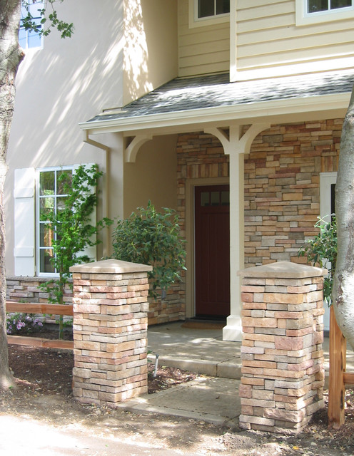Modern Ranch traditional-entry