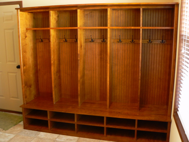 Mudroom Cubbies Traditional Entry Minneapolis By