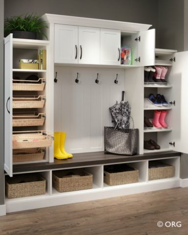 Mudroom modern entry
