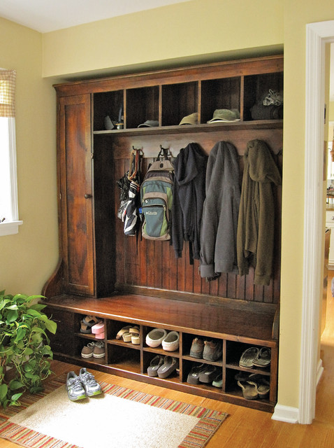 Mudroom Rack - Barnwood Furniture traditional entry
