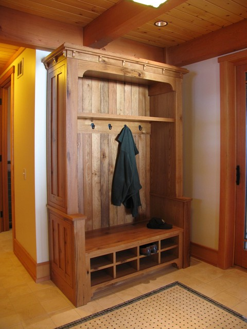 Mudroom - Craftsman - Entry - other metro - by Vermont Custom Cabinetry
