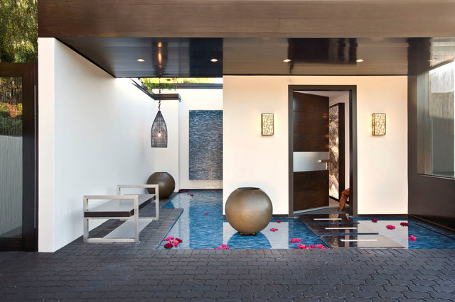 Mulholland contemporary-entry