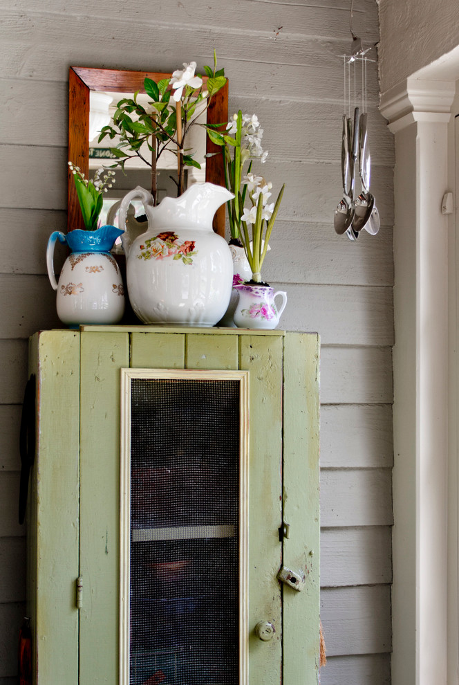 Inspiration for a farmhouse entryway remodel in New York