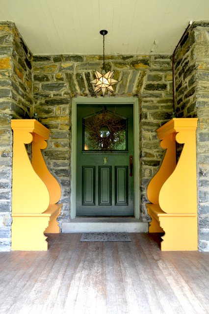 Wyncote home - exterior traditional-entry