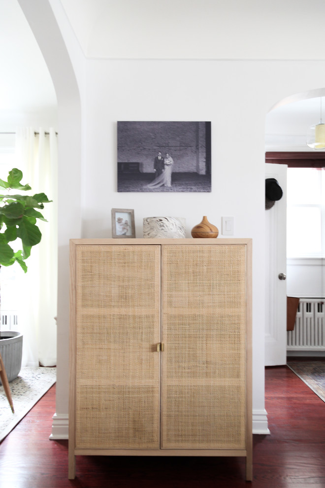 Inspiration for a scandinavian entryway remodel in Chicago