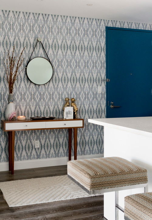 7 keep tidy tips for compact entryways. Black Bedroom Furniture Sets. Home Design Ideas
