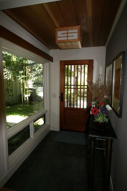new foyer asian-entry
