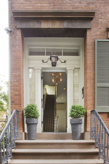 New York City townhouse traditional entry
