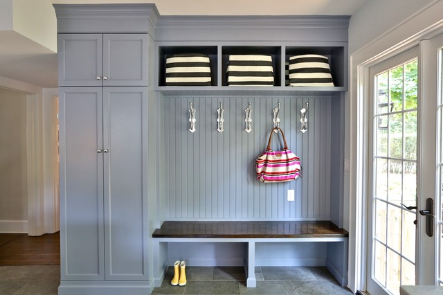 Foyer Mudroom Ny : Painted custom built in with bench seat transitional