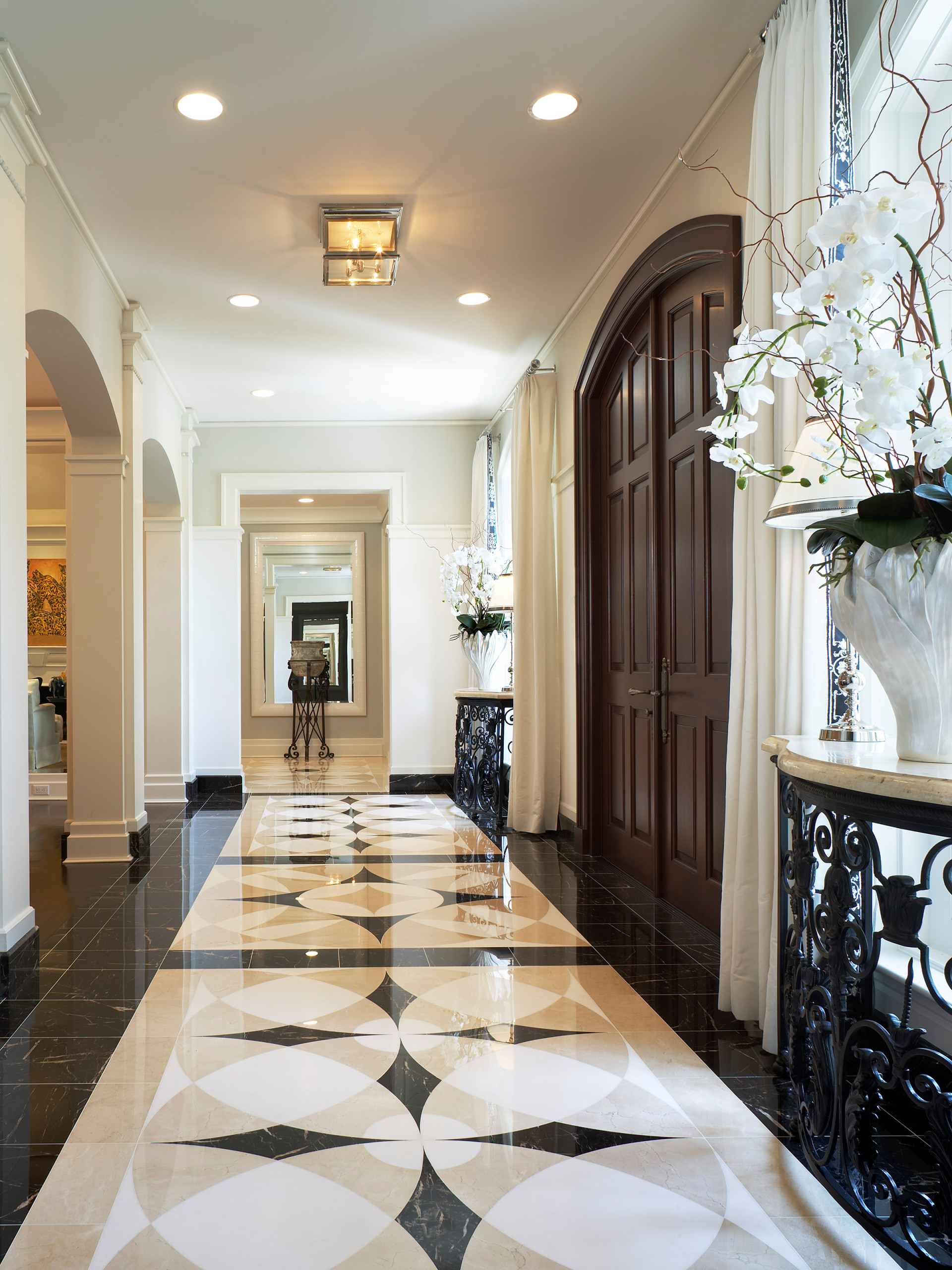 75 Beautiful Traditional Marble Floor Entryway Pictures Ideas December 2020 Houzz