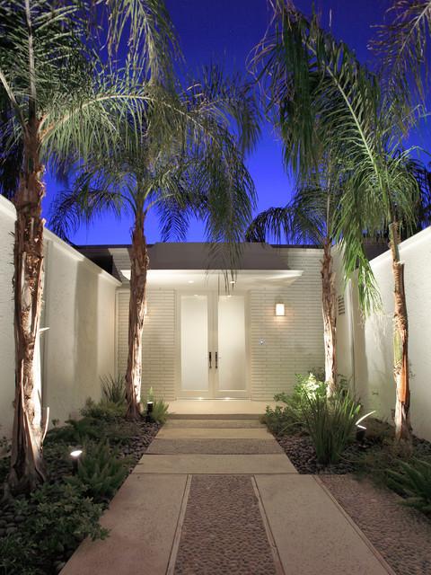 Palm Springs Modern midcentury-entry