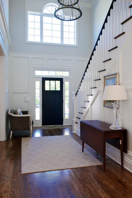 Houzz Home Design: 20 Inspiring White Entryways